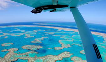 Cessna Light aircraft Great Barrier Reef